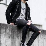 Erkek Giyim Kombinleri : Dizleri Yırtık Pantolon
