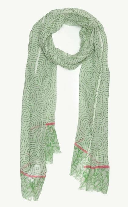 Esmerlere Yakışan Şal Renkleri : Açık Yeşil