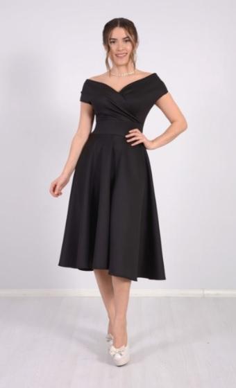 Kayık Yaka Siyah Renk Kız İsteme Elbiseleri