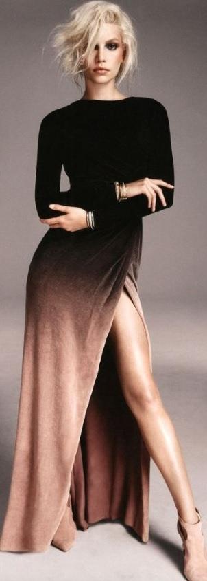 Kadife Elbiseler : Yırtmaçlı Kadife Elbise