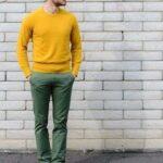 Erkek sarı kazak kombinleri