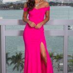 Fuşya elbiseye ne renk takı takılır